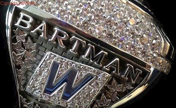 Cubs give World Series ring to Steve Bartman