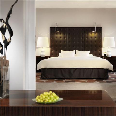 Hyatt Regency Cologne, Interior Design by HBA / Hirsch Bedner Associates