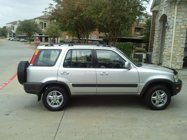 2000 HONDA CRV AWD 5 spd silver Pics $18,000 OR BEST OFFER -CALL IRA AT IRAJOSMAN - SKYPE FOR ENGLISH AND EDDIE FOR SANISH 506 8699 6966 SAN JOSE -A1