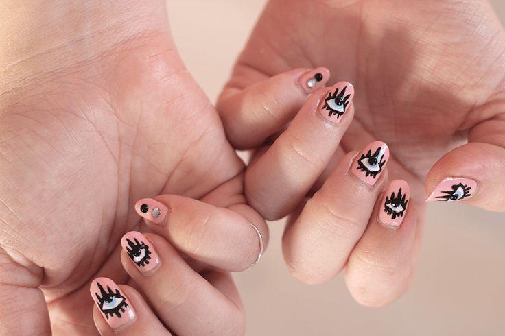 How-to: Evil Eyes nail art – Joliette