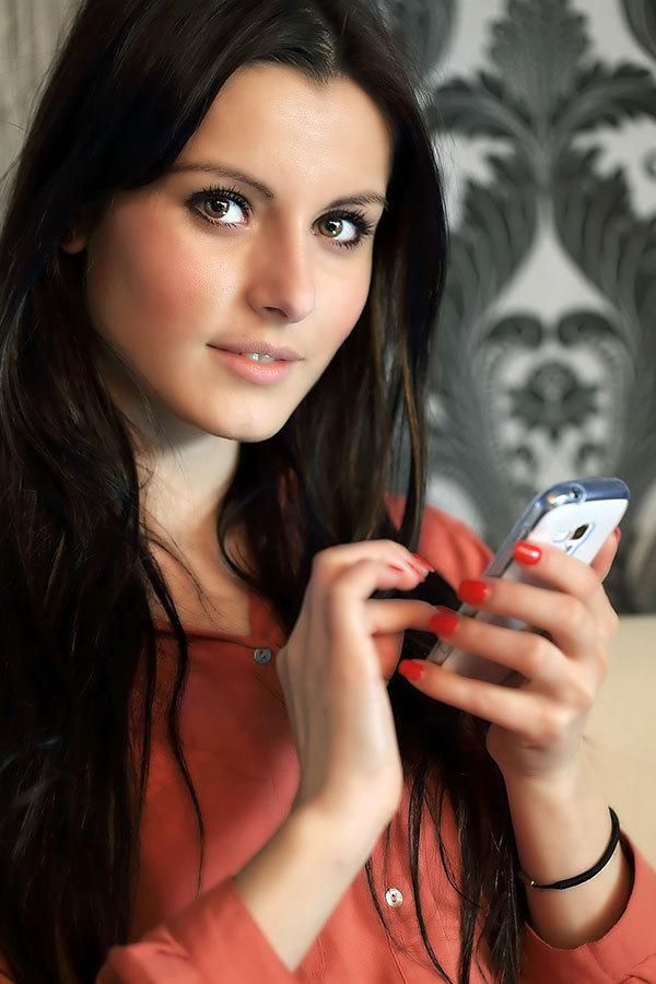 Love Online: The Top Dating Sites for Millennials | Divine Caroline
