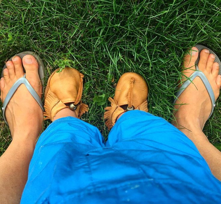 Making sure the whole family practices #earthing #moccasins #unlined #pluggz #grounding
