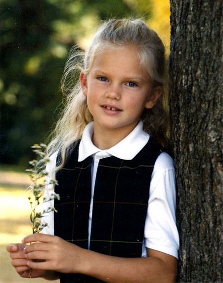 taylor swift childhood photos | Taylor Swift Childhood Picture When She Was 8 Years Old