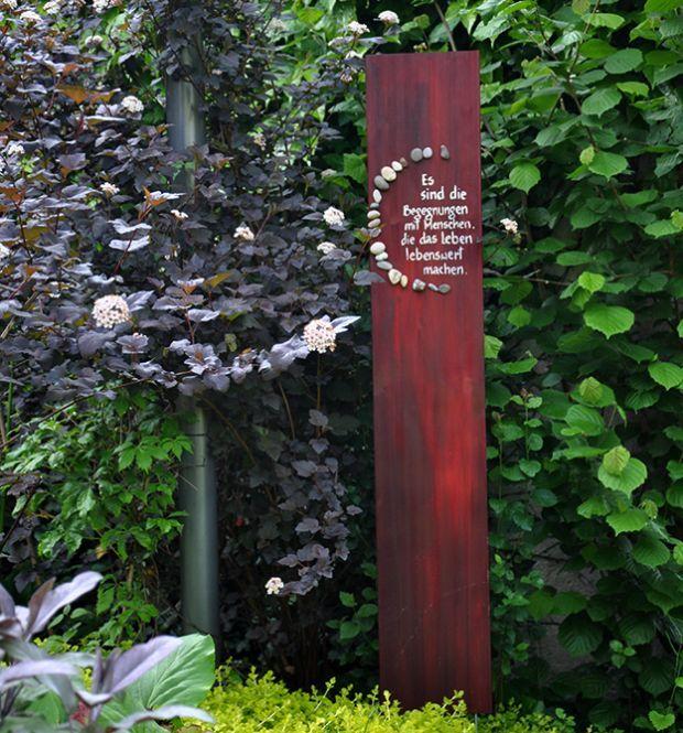 suche hilfe im garten sammlung images oder cffdacfdcf garden totems outdoor art