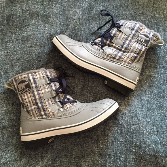 NWOT Sorel Snow Boots! Brand new without tags. Sorel snow boots. Lined inner. Waterproof. Blue & grey plaid pattern. SOREL Shoes Winter & Rain Boots