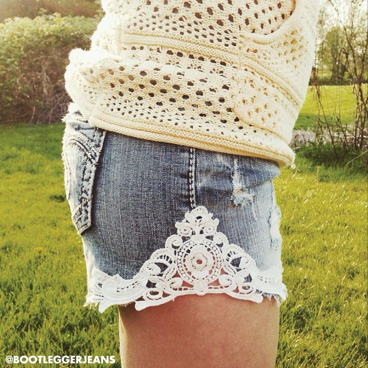 A little lace, Silver Jeans Co. & the summer sun is all we need. Love this look from Bootlegger! #IndigoSummer #silverjeans #SJCsummerconcertstyle