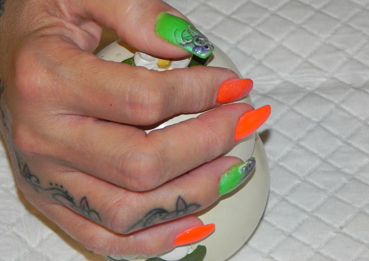 easy micro painting nail art