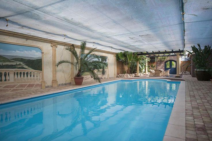 Luxe villa met overdekt zwembad en bijgebouw | Op uniek en vrijgelegen perceel te Helden | Molenstraat 141, HELDEN