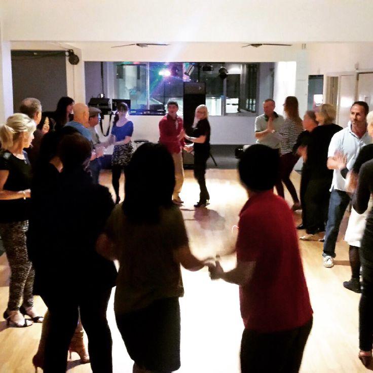 Rueda De Casino!!! Tonight From 7pm Intermediate and experienced 8pm #dance #goldcoast #danceislife #realmendance #latindance #latinmania #dancemakesyouhappy #ruedadecasino #cuba #casino
