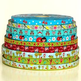 Holland Fabric House ribbons. I love it!!!!!!!!!!!!