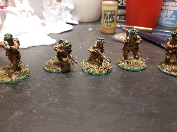 28mm U.S. Army Paratroopers