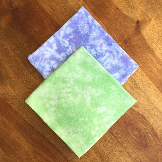 Tea Towels  Set of 2  Green Tea Towel  Purple by CakewalkLinens