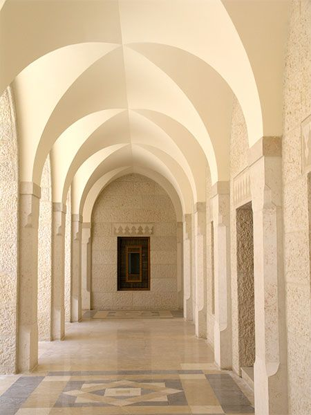 Arches Of King Hussein Mosque In Amman Jordan Designed By Khaled Azzam