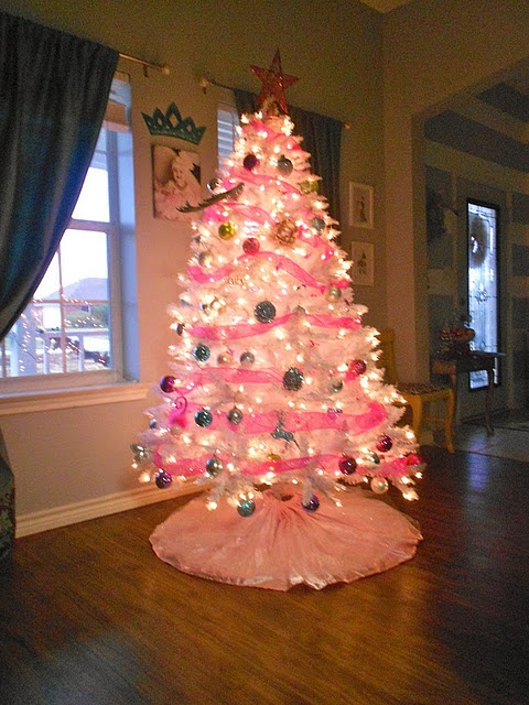 Hello such a pretty tree christmas pinterest fake