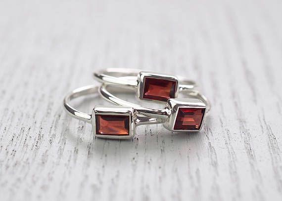 Minimalist ring Modern jewelry Red garnet ring Garnet ring