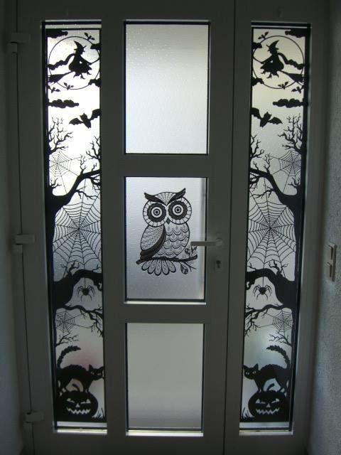 In der Cameo-Deutschland-Gruppe (Facebook) wurden so schöne Licht-Installationen zu Halloween gezeigt, dass mich das inspiriert hat & und ich habe mich an mein bisher größtes komplett selbst gezeichnetes und erstelltes Projekt gewagt! Meinen neue Halloween-Türdeko ist 180cm hoch und 30cm breit, geschnitten aus schwarzem Fotokarton (3 Bögen). ————————————————————– Aufgrund der spezifischen Maße und der Größe …