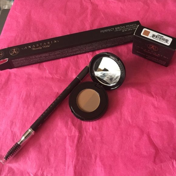 PERFECT BROW PENCIL AND POWDER DUO Bundle  Perfect Brow pencil color Caramel and Brow powder duo both brand new no trades please price firm Anastasia Beverly Hills Makeup Eyebrow Filler