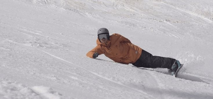 REAL snowboarding lessons in Morzine, Avoriaz and the Portes du Soleil on your catered More Mountain snowboarding holiday | Read more at http://www.moremountain.com/blog/snowboarding-holidays/real-snowboarding-morzine/
