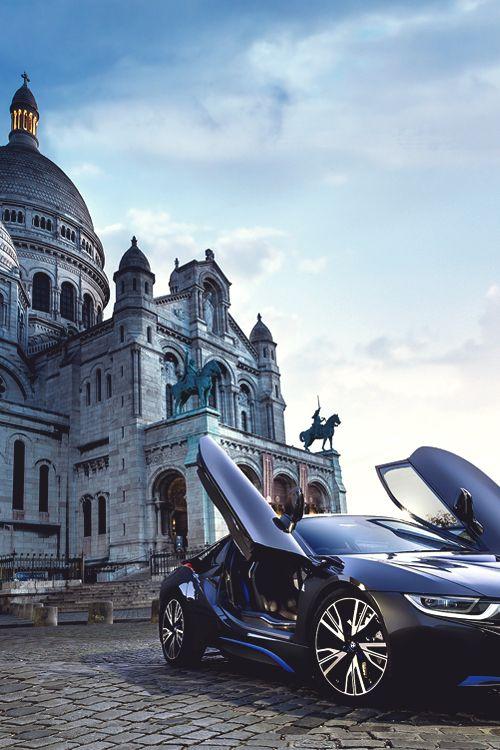 #BMW i8 - Modern car in a #Classic place! #FutureCars #GreenTech #SuperCars