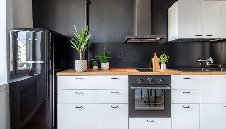 City-kodin remontoitu keittiö