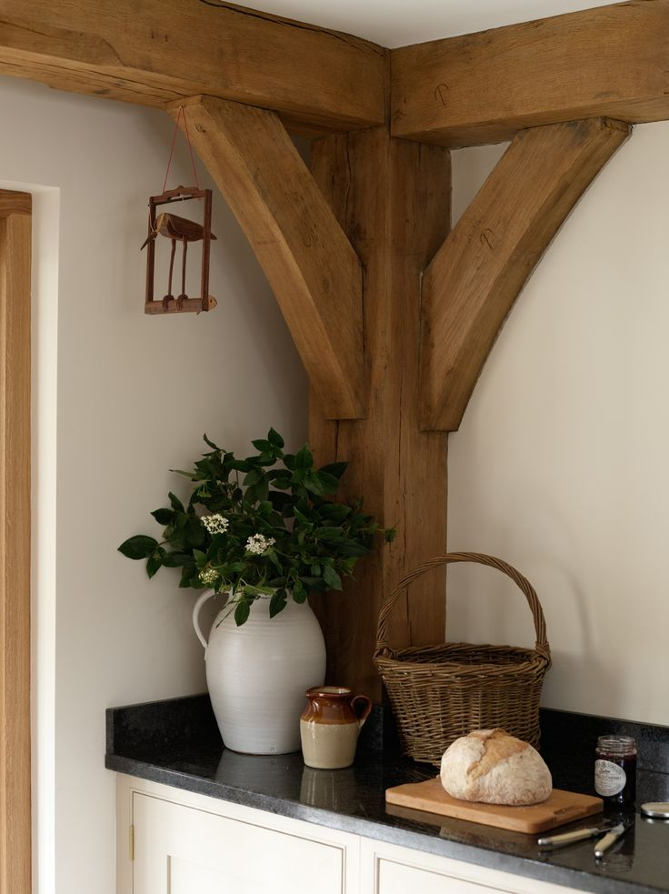 border oak.... that would look nice in my future kitchen (if all goes to plan)