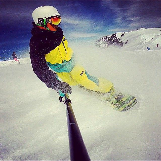La glisse dans les #Pyrénées c'est la classe ! Photo #Instagram #TourismeMidiPy par ©enekooo8 à Luz-Ardiden. #MidiPyrenees #france #tourism #holiday #vacation #travel #pyrenees #ski #snow #mountain #montagne