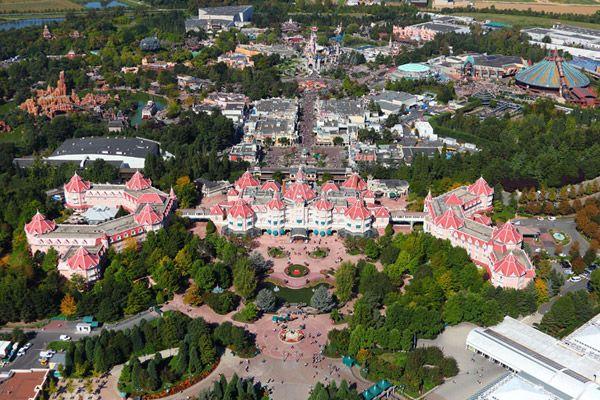 #Disneyland Paris. Sky air view of the Disneyland Hotel