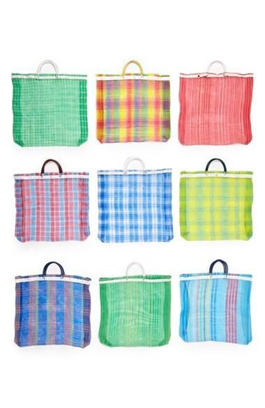 Shopping is more fun with a colorful bag!