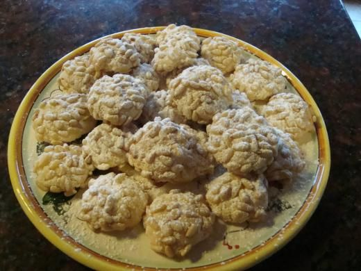 Pignoli Cookies http://www.cookingwithnonna.com/italian-cuisine/mary-anns-christmas-pignoli-cookies.html