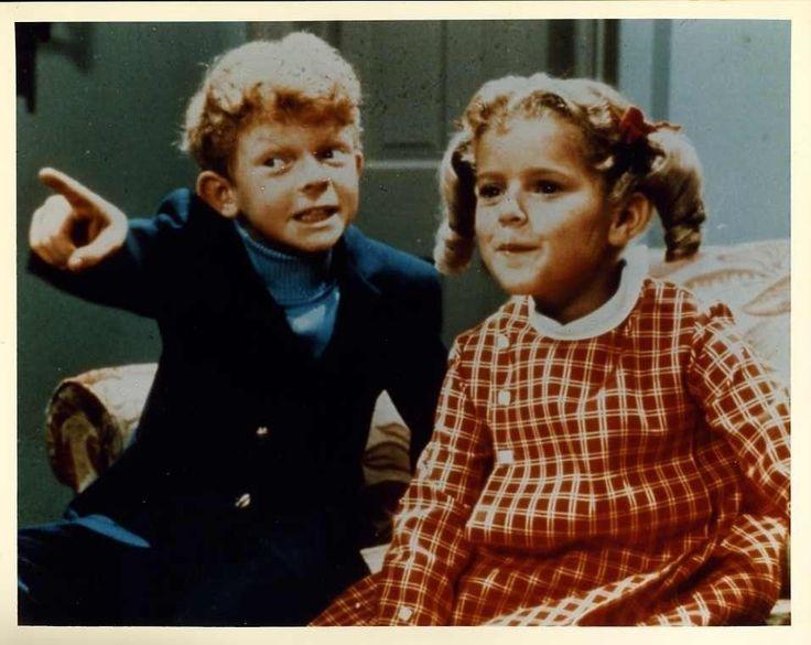 FAMILY AFFAIR  ANISSA JONES JOHNNY WHITAKER 8X10 PHOTO #B3555