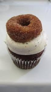 kelly's bake shoppe Burlington, ON, canada Glutenfree vegan Organic Bakery Kelly Childs and Erinn Weatherbie AWARD WINNING BAKERY