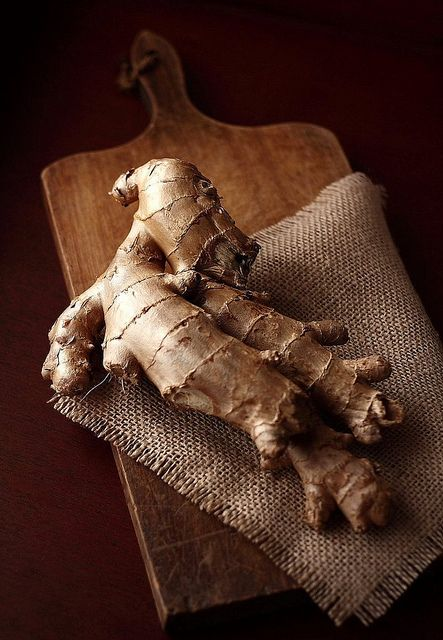Ginger root:  General stimulant for cold conditions. Digestive stimulant used, also for motion sickness. Also very helpful when there's poor circulation since it stimulates peripheral blood flow. It has been shown to be anti-inflammatory and helpful for those with rheumatoid arthritis.
