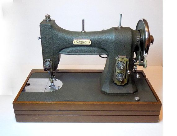 1940s white rotary sewing machine model 77 mg by for Best home decor sewing machine