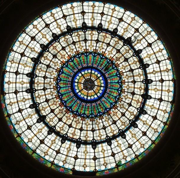 Glas in lood koepel, Boedapest