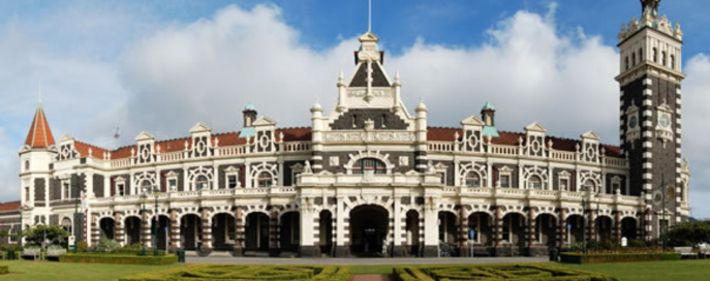 Check out the beautiful architecture at Dunedin Train Station. #visitdunedin The Bus Stop - Kakanui....exploring New Zealand one blog at a time. www.thebusstop.co.nz/blog