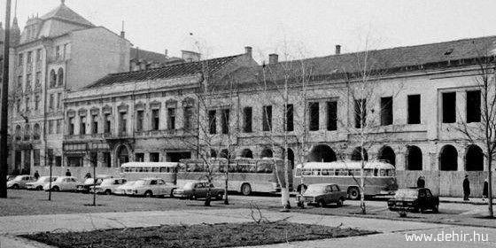 Debrecen Az Arany Bika új szárnyának építése előtt 1973