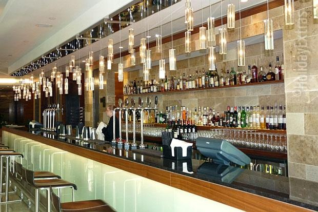 The bar at the Sphere at the Sofitel Heathrow
