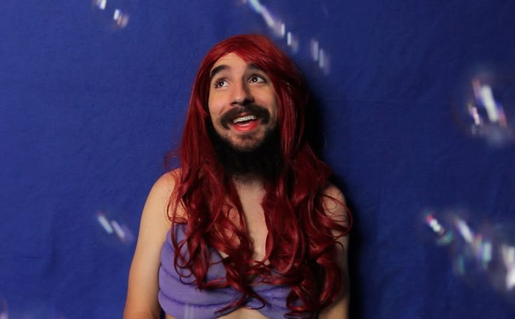 THE LITTLE MERMAID IN REAL LIFE! <<< this is hilarious! 😂😂😂