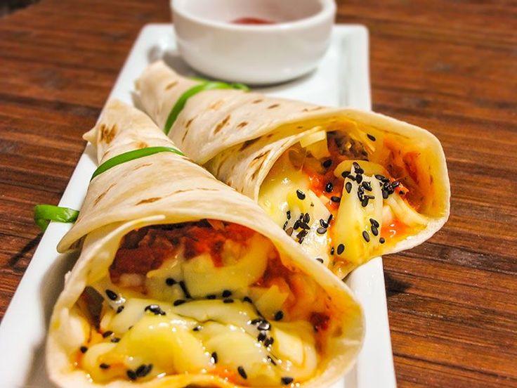 Sem mistério! Saiba como fazer um cone de #pizza com massa de crepe em casa. #iogiroreceitas