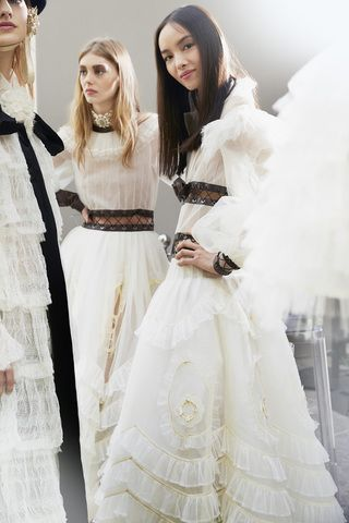 Chanel AW16/17                                                       …