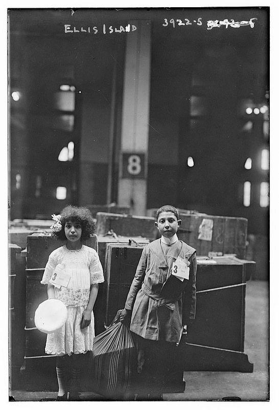 Ellis Island (LOC)