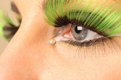 grüne Wimpernspitzen