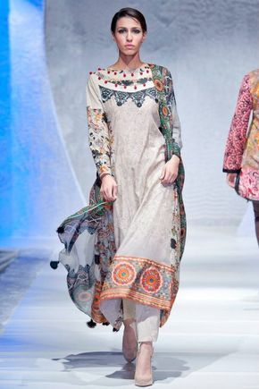 I really like this style, I wonder if I can find it in my size? Lawn- Pakistan Fashion Week 2012