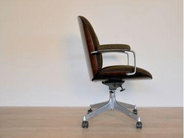 39 best Fauteuil Bureau images on Pinterest Barber chair Chairs