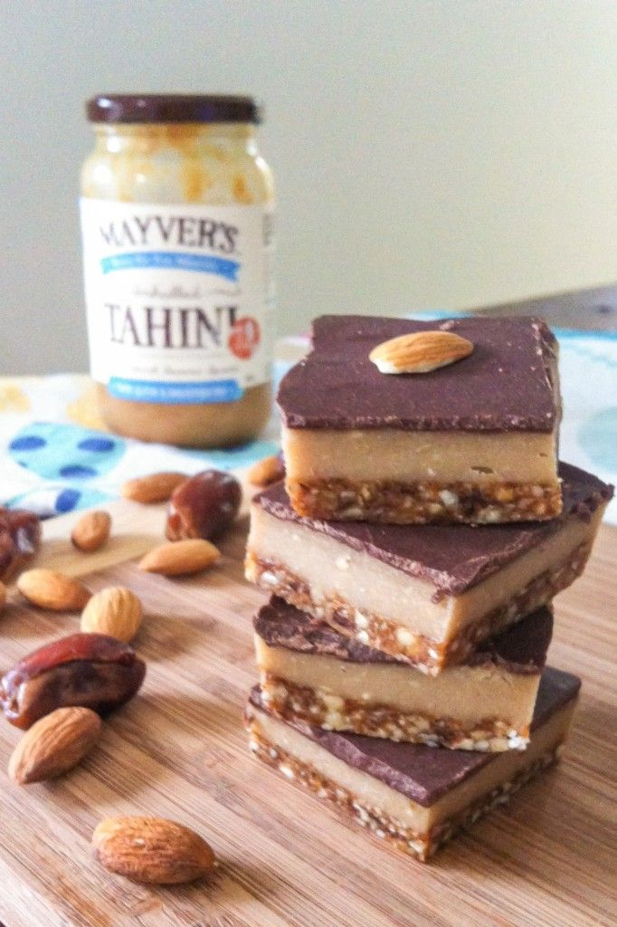An amazing recipe for a Raw Caramel Slice. This recipe is sugar free, dairy free, grain free and is paleo and vegan friendly.