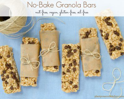 These will be your GO-TO granola bar recipe! SO easy, made with whole foods, and nut-free! #vegan #plantbased #soyfree #glutenfree #nutfree #granola #snacks #schoollunch #healthy #oilfree #dairyfree www.plantpoweredkitchen.com