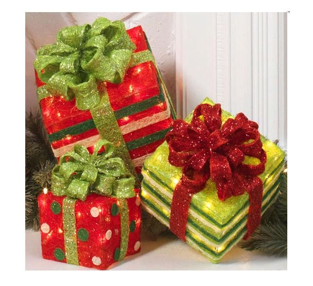 fun whimsical decor raz imports 13 lighted christmas presentsset of 3