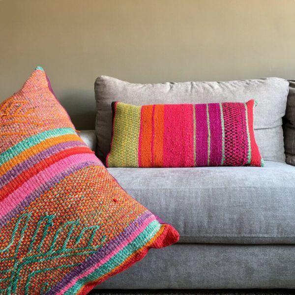 Cojín étnico morado y rosa 70x40cm- cojines étnicos - alfombras étnicas #alfombrasetnicas #frazadas