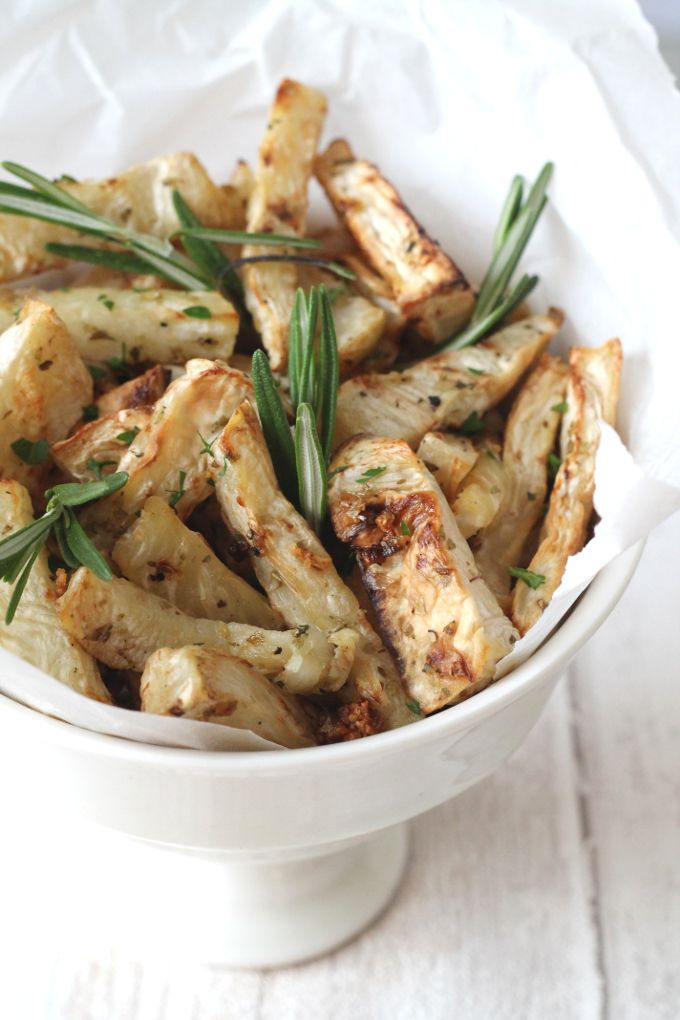Garlic and Herb Celeriac Fries; a healthy alternative to french fries. Perfect for #paleo and #whole30 diets