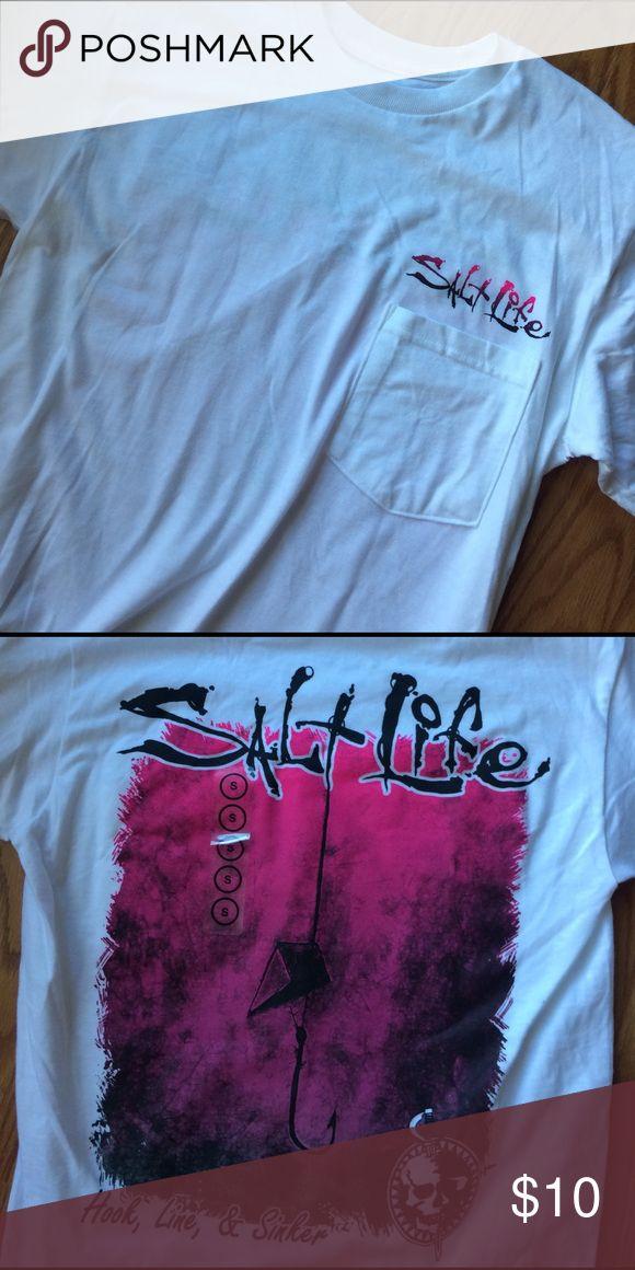A BRAND NEW SALT LIFE SHIRT A brand new salt life shirt in perfect condition salt life Tops Tees - Short Sleeve